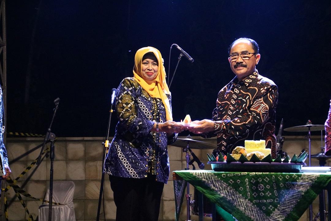Bupati Kulon Progo Resmikan Tonogoro Amphitheater di Malam Pegantian Tahun 2020